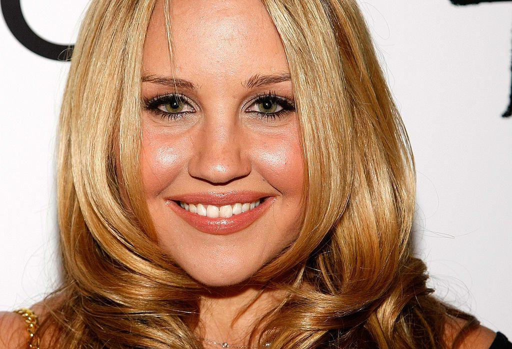 Amanda Bynes is Engaged!